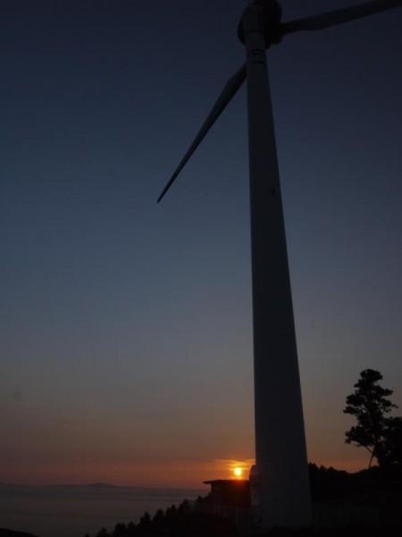 平戸風力発電所の夕景