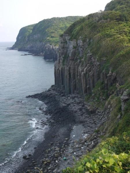 大碆(大バエ)断崖
