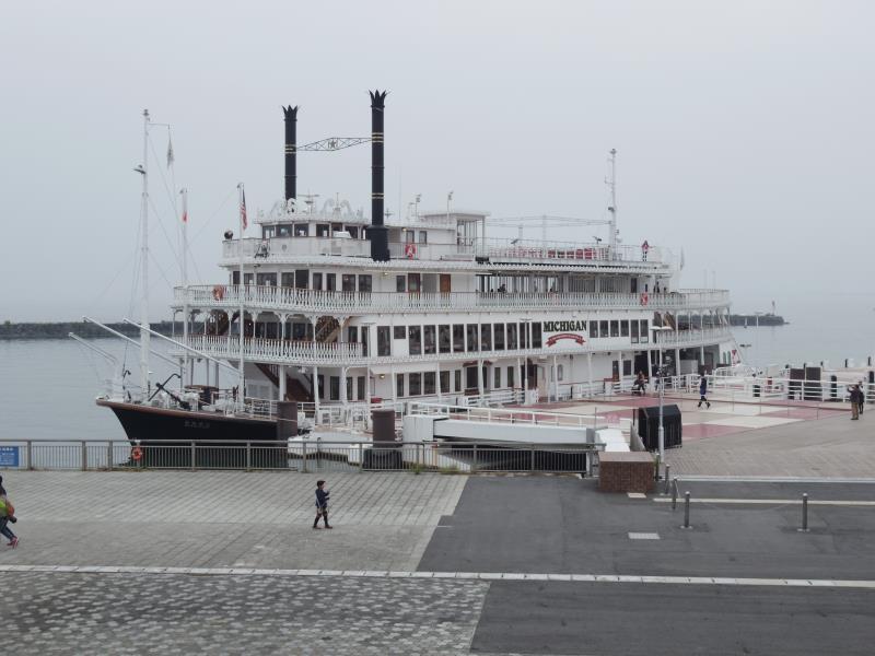 琵琶湖の観光船「ミシガン」