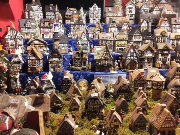 マンチェスター クリスマスマーケット 「イギリスの街並み(置物)」