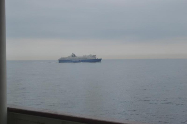 広島県呉市の造船所から、新潟港へ向かう新造船「ときわ丸」