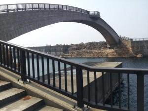 佐渡島 歩行者専用の姫津大橋