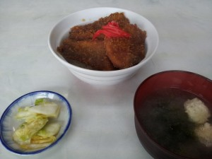 【新潟県佐渡市】 民宿 尖閣湾 「魚かつ丼」