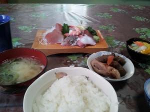 【茨城県日立市】 大甕駅前 はまや 「刺身定食」