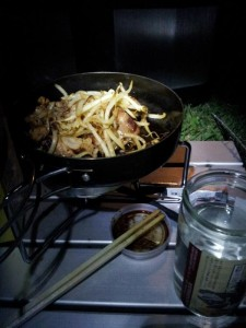 潮岬キャンプ場にて晩飯