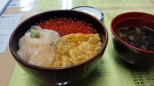 【北海道函館市】 きくよ食堂 「元祖函館巴丼」