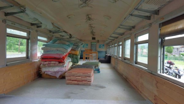 【北海道むかわ町】 旧富内駅列車ハウス 内部