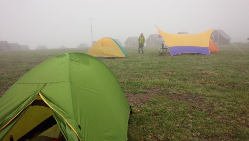 霧多布岬キャンプ場にて(霧が凄い)