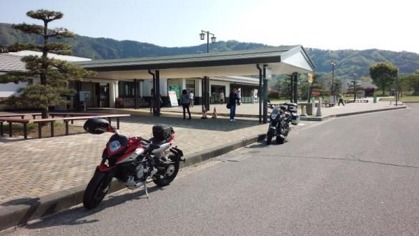 長野県松代PAにて