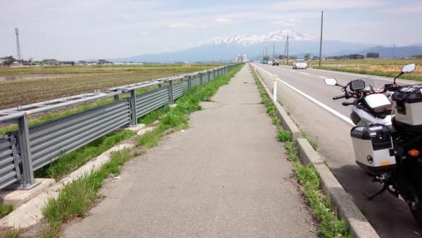 山形県酒田市の国道344号にて