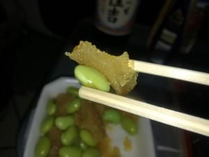 箸でつまみにくい数の子青豆